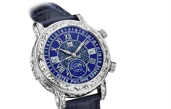 92d2f2dc4 Mezi konstrukčně velmi složité hodinky patří i Patek Philippe Sky Moon  Tourbillon