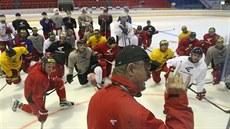 09f89aa8162 Hokejová Olomouc už je na ledě. Vyzkouší Holce