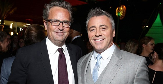 Matthew Perry a Matt LeBlanc (Los Angeles, 10. srpna 2015)