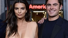 Emily Ratajkowski a Zac Efron na losangeleské premiéře filmu We Are Your...
