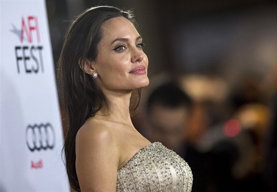 Angelina Jolie (Los Angeles, 5. listopadu 2015)