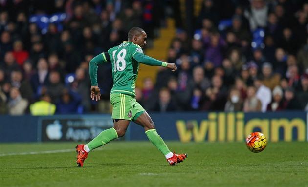 Crystal Palace a cédé ses points à Sunderland, Defoe a décidé de gagner