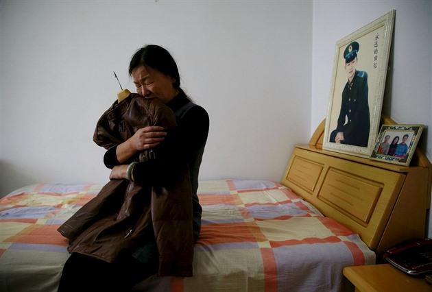 moje dcera chodící s nelegálním přistěhovalcem datování věku zákony indiana