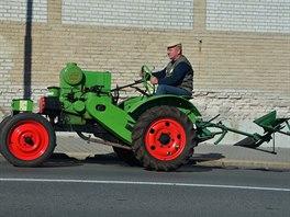 Traktor Svoboda DK 12