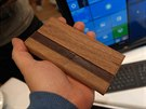 NuAns Neo s Windows 10 Mobile na veletrhu CES v Las Vegas