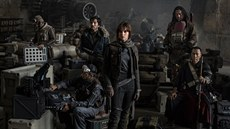Felicity Jones, Diego Luna a další ve filmu Star Wars: Rogue One.