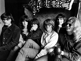 Jefferson Airplane v roce 1968 (zleva Marty Balin, Grace Slick, Spencer Dryden,...