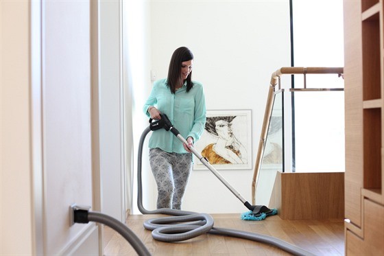 carter cleaning system Chapter 1: carter cleaning centers q1: make a list of five specific hr problems you think carter cleaning will have to grapple with 1 high turnover: carter cleaning company will more than likely face the hr issue of high turnover because of the nature of the business.