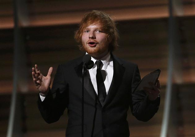 Ed Sheeran má nejvýdělečnější turné všech dob, překonal i skupinu U2