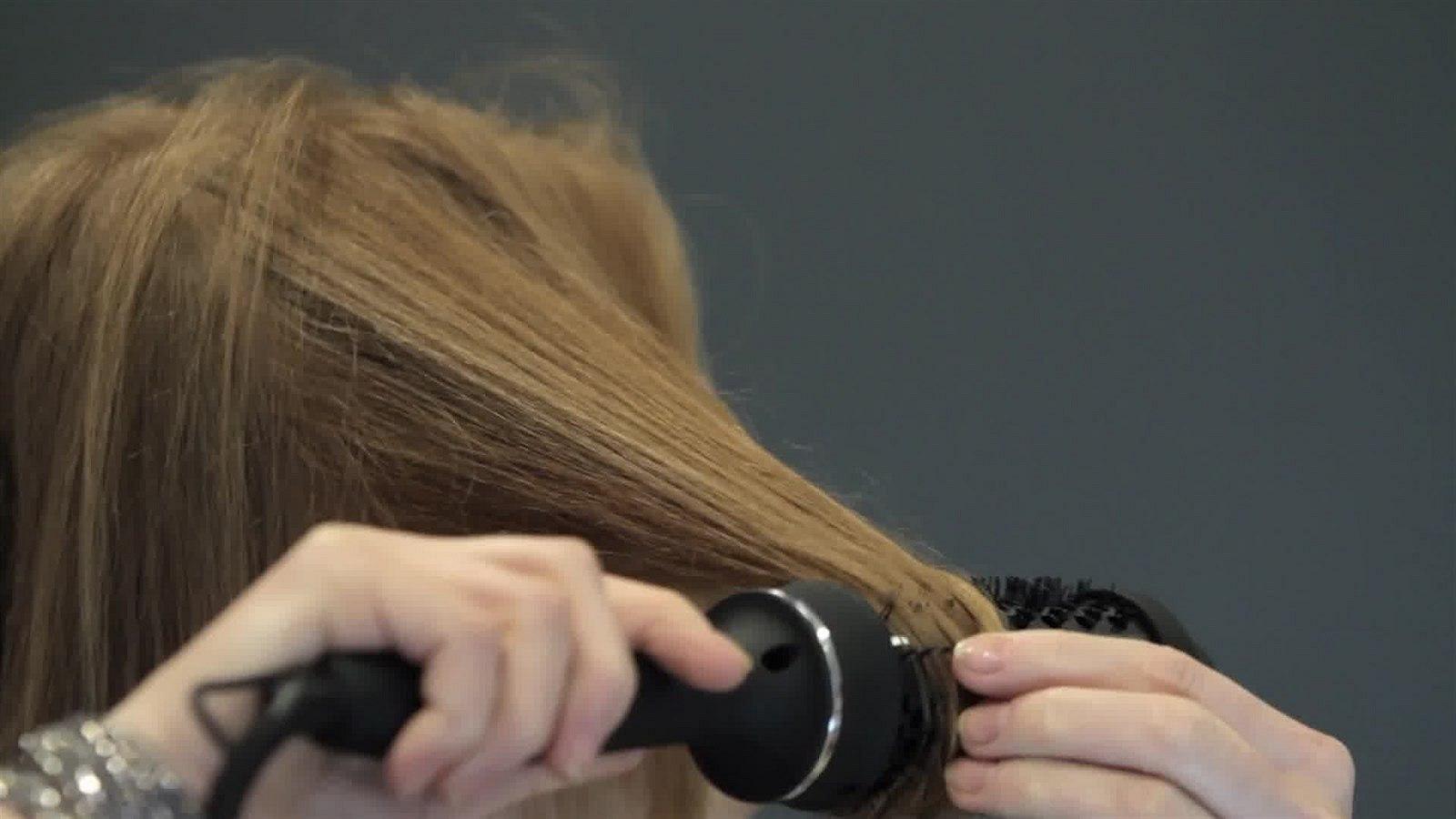 vyhřívaný kartáč na vlasy