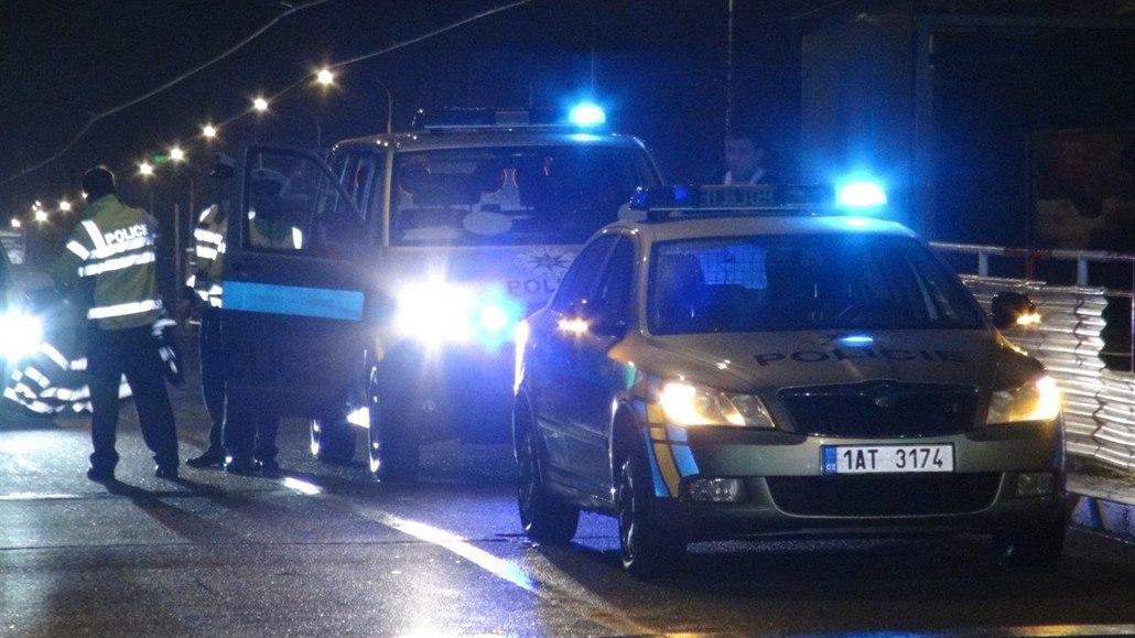 Opilý řidič u Třeště srazil dva chodce. Ti na místě podlehli svým zraněním