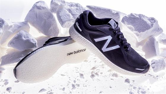 c2d086908a7 První běžecká bota vytvořená pomocí 3D tisku spatřila světlo světa ...