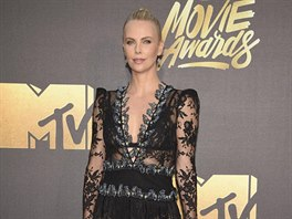 Charlize Theronová (MTV Movie Awards 2016)