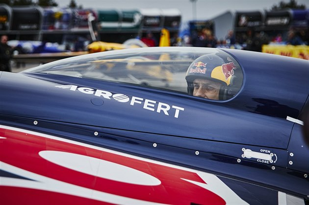 Martin Šonka čeká na start v závodě Red Bull Air Race ve Spielbergu.