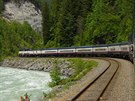 Rocky Mountaineer enroute from Banff to Vancouver