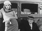Faye Dunaway a Warren Beatty ve filmu Bonnie a Clyde (1967)