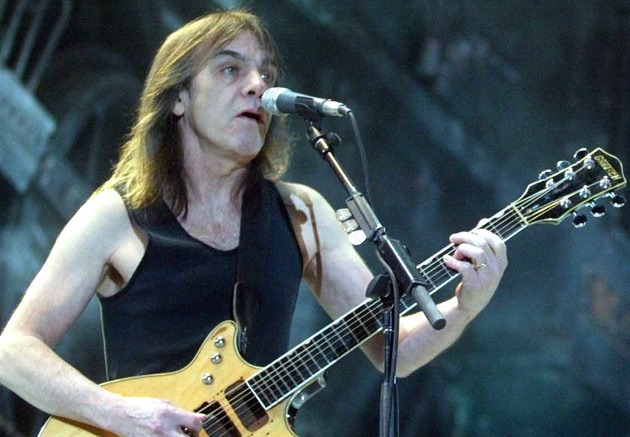 Kytarista AC/DC Malcolm Young