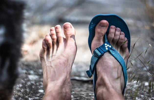 TEST  Přibližte se chůzi a běhu naboso s novinkou Vivobarefoot Eclipse b0acac032a