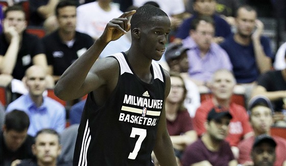 Summer League NBA: Thon Maker při svém debutu v dresu Milwaukee