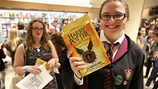 Půlnoční start prodeje knihy Harry Potter and the Cursed Child