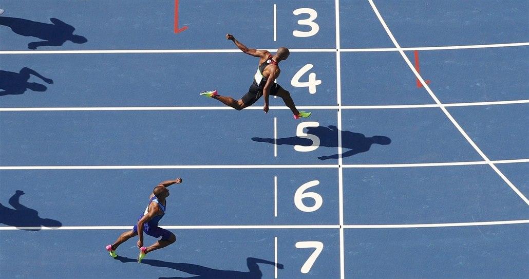Warner běžel nejrychlejší stovku v desetiboji, útočí na Šebrleho zápis