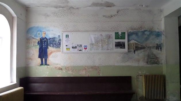 Stanice Moldava. Podle autora fotografie Jiřího Sedláčka je stanice na pověstné historické moldavské dráze žhavým kandidátem na opravu, aby byla připravena pro znovuobnovený provoz do Saska.