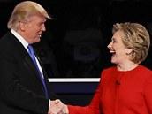 Donald Trump a Hillary Clintonová v první televizní debatě amerických...