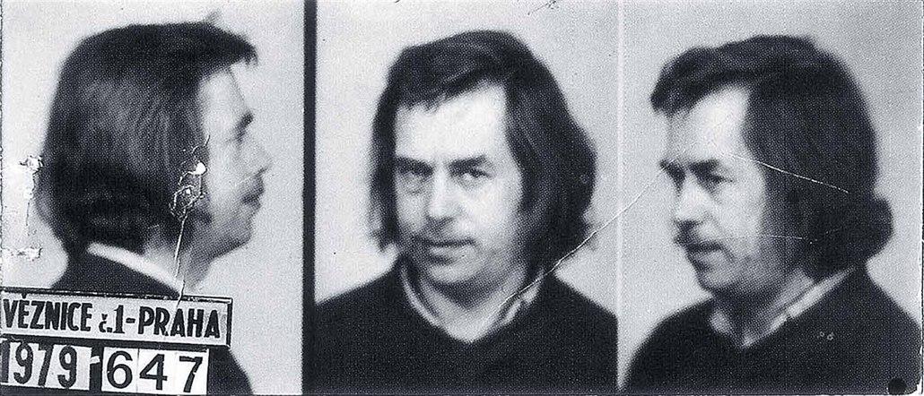 Kvůli neskrývanému odporu vůči komunistickému režimu se Václav Havel ... f8889f59a5