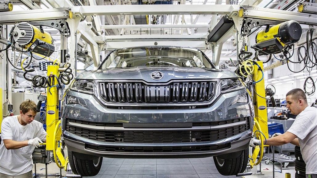 Boj za nižší emise bude stát výrobce až polovinu zisku, auta zdraží