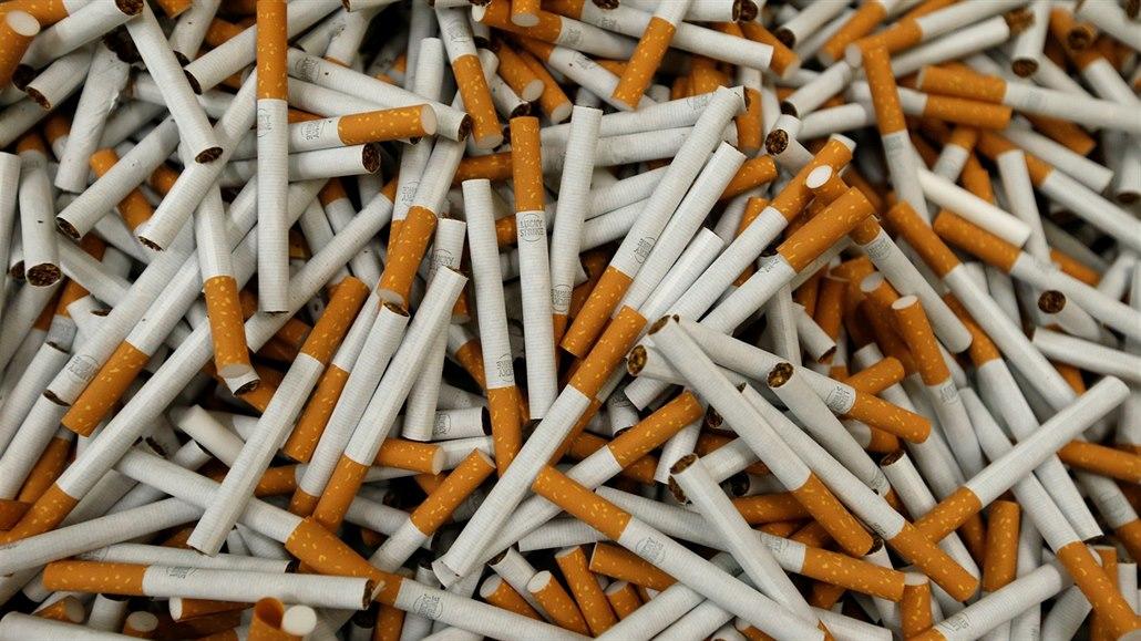 Brusel za dva měsíce spustí velký zátah na nezdaněné cigarety
