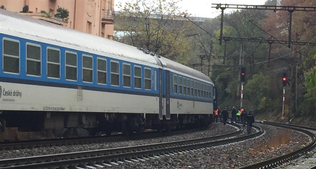 Na Rakovnicku vlak srazil člověka. Srážku osoba nepřežila
