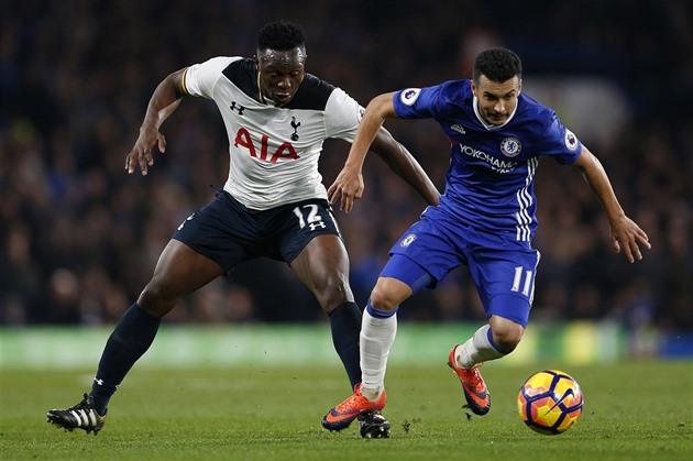 Tottenham informado derrota o Chelsea. Quem será o mestre inglês?