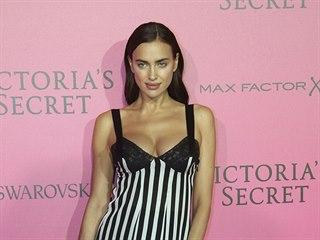 Irina Šaiková na afterparty přehlídky Victoria's Secret (Paříž, 30. listopadu...