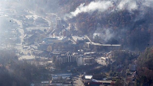 Požáry v blízkosti města Gatlinburg ve státě Tennessee (1. prosince 2016) a440350efd