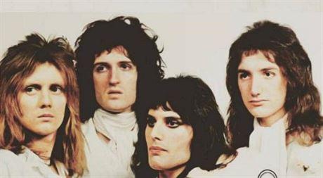 Klip k písni Bohemian Rhapsody překonal na YouTube miliardu