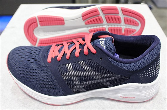 Asics Road Hawk FF
