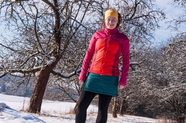 TEST  Vyzkoušeli jsme tři zimní sukně které udrží vaše pozadí ... 6762701e5c