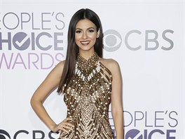 Victoria Justice na People's Choice Awards (Los Angeles, 18. ledna 2017)