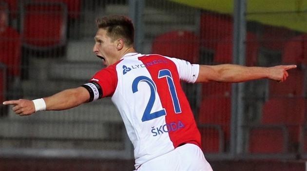 ¿Quién es el mejor jugador de fútbol de la liga checa? Fillo, Hubner o Škoda?