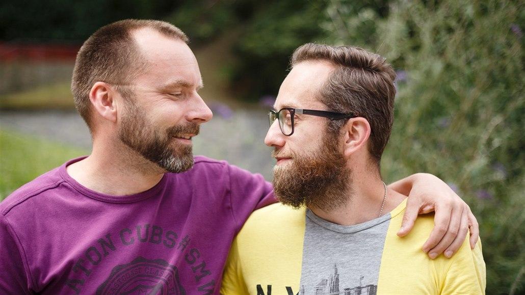 homosexuálové se těší sex
