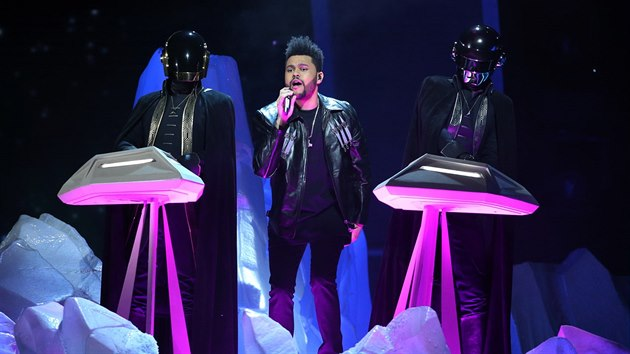The Weeknd a Daft Punk (Grammy Awards, Los Angeles, 12. února 2017)