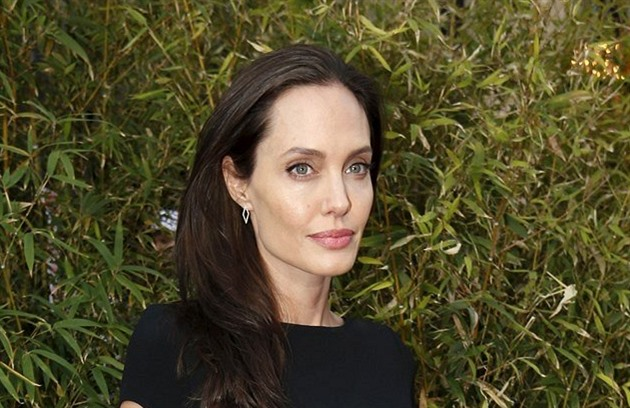 Angelina Jolie (Los Angeles, 16. ledna 2016)