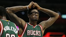 Larry Sanders v dresu Milwaukee