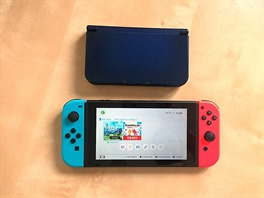 Nahoře New 3DS XL, dole Switch