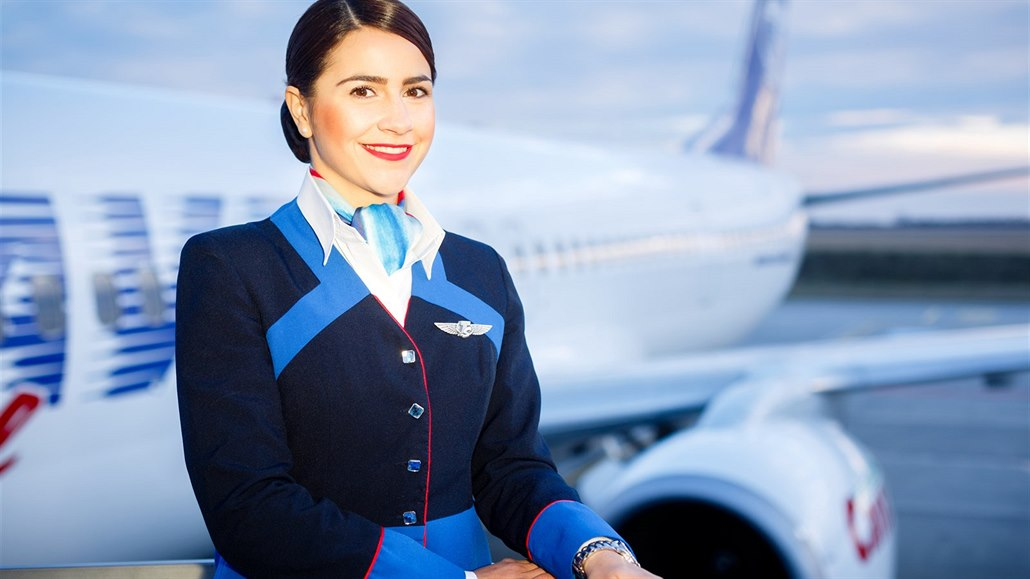 Dělejte piloty s letuškami