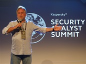 Eugene Kaspersky osobně zahajuje Security Analyst Summit 2017.
