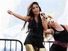 Legíny jsou oblíbeným oblečením zpěváků a tanečníků už od 60. let. b2ee9835ca