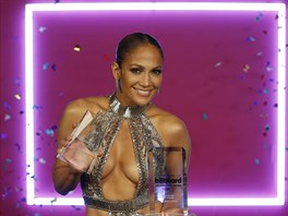 Jennifer Lopezová na Latin Billboard Awards (Coral Gables, 27. dubna 2017)