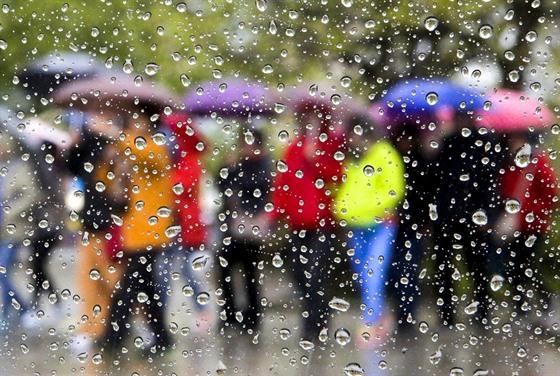 Začátek týdne bude deštivý. Slunečné počasí se ale brzy vrátí - iDNES.cz 362fad47fe