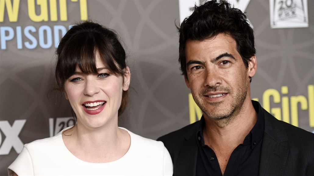 Zooey Deschanelová a Jacob Pechenik (Los Angeles, 2. března 2016)